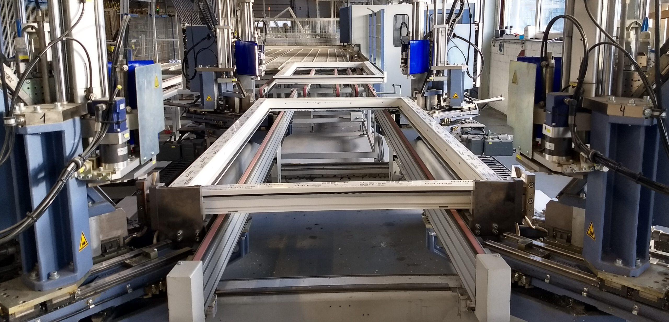 Ausschnitt aus der Produktion von Kunststofffenster | Daldrup